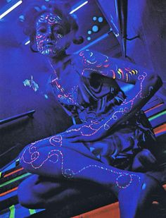 psychedelic-sixties:    Black Light fashion photography