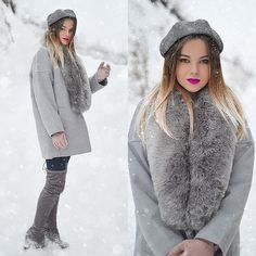 Get this look: http://lb.nu/look/8564283  More looks by Tamara Bellis: http://lb.nu/tamarabellis  Items in this look:  Lulugal Fur Coat, Amiclubwear Over The Knees, Yesstyle Beret, H&M Gloves   #chic #elegant #street