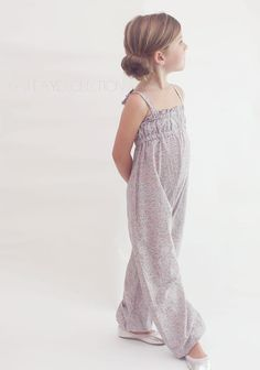 I have an obsession with blousy, loose clothing. There is something about clothing draping off a figure which creates an almost carefree Sewing Kids Clothes, Sewing For Kids, Baby Sewing, Little Girl Fashion, Little Girl Dresses, Kids Fashion, Childrens Sewing Patterns, Kids Patterns, Diy Clothing
