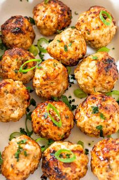 Tender, moist and juicy Air Fryer Turkey Meatballs with a soft centre and a golden crisp outside. Minimal prep and ready in under 30 minutes. Low Carb, No Oil. Healthy Eating Recipes, Easy Healthy Dinners, Easy Dinners, Delicious Recipes, Healthy Foods, Keto Recipes, Asian Turkey Meatballs, Air Fryer Recipes Easy, Air Fryer Healthy