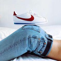 Sneakers women - Nike Cortez (©jaimetoutcheztoi)