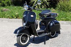 c1965-piaggio-vespa-125cc-scooter.jpg (660×440)