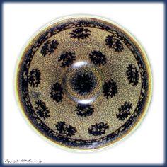 玳玻蓋天目 Chinese Ceramics, Japanese Pottery, Tea Bowls, Tea Ceremony, Art Object, Japanese Culture, Ceramic Pottery, Asian Art, Tea Set