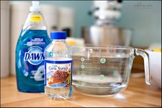 The World's Best Bubbles 1 1/2 quarts of water 1/2 cup light corn syrup  1 cup liquid dish soap