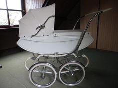 Vintage Koelstra kinderwagen