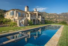 This traditional-style, 5-acre estate is just two years old and has panoramic Montecito Valley, ocean, island, and coastline views. . - See more at: http://santabarbarahomes.thesantabarbaralifestyle.com/idx/details/listing/a058/14-3131/933-Mountain-Dr-W?widgetReferer=true#sthash.PD7OqJp4.dpuf  #SantaBarbaraLiving #SBPropertywithaView #CoastlineViews #SantaBarbaraRealEstate