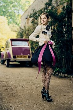 See Harry Potter star Emma Watson star in the pages and on the cover of of Teen Vogue Emma Love, Emma Watson Beautiful, Emma Watson Sexiest, My Emma, Teen Vogue, Cute Celebrities, Celebs, Emma Watson Estilo, Emma Watson Legs