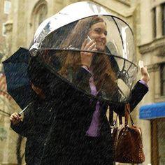 """L'artigianato e il design ci vengono in aiuto anche quando il tempo non è dei migliori. Nella foto """"Numbrella"""", l'ombrello del futuro creato da Alan Kaufman. http://www.facebook.com/mostrartigianato"""