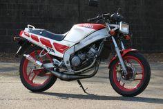 TZR125