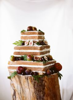Square Bare Naked Wedding Cake topped with figs | The Why We Love for Flutter Magazine