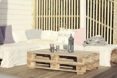 Pallet lounge, pallet furniture, furniture ideas, outdoor entertaining, out Pallet Lounge, Outdoor Lounge, Eco Deco, Pallet Furniture, Furniture Ideas, Reception Seating, Bookshelves Kids, Diy Pallet Projects, Outdoor Entertaining