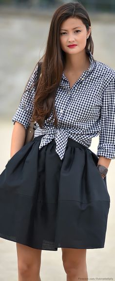 Paris Street Style - gingham waist tie shirt with poofy charcoal skirt.