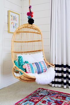 decor bedroom Trendspotting: Hanging Chairs are Swinging into Kids Design project nursery - rattan hanging chair - seating - kids bedroom Teen Girl Bedrooms, Big Girl Rooms, Kids Rooms, Room Kids, Kids Bedroom Girls, Simple Girls Bedroom, Shared Bedrooms, Awesome Bedrooms, Boho Room