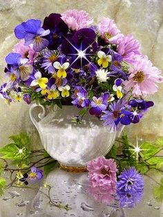 purple pansies in vintage whiteware Love Flowers, My Flower, Flower Art, Flower Power, Beautiful Flowers, Colorful Flowers, Purple Flowers, Beautiful Things, Arte Floral