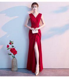 マーメイドライン パーティードレス ノースリーブ Vネック スリット 結婚式 演奏会 発表会 大きいサイズ XS S M L LL 3L 4L レッド Party Wear Dresses, Formal Dresses, Maroon Outfit, Red Lips, Evening Gowns, Beautiful Dresses, Fashion Dresses, Female, Model
