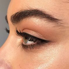 Make up 7 Tipps für den perfekten Tightline Eyeliner Acne: There are a lot of treatments to fight ac Eyeliner Make-up, Permanent Eyeliner, Eyeliner Styles, Eyeliner Tattoo, Makeup Goals, Makeup Inspo, Makeup Inspiration, Makeup Tips, Makeup Ideas