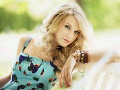 Taylor Swift Dual Celebrity Tablet wallpaper and Taylor Swift Dual Tablet background for Tablets. Taylor Swift Dual wallpaper is in Celebrity wallpapers category. Taylor Swift Fotos, Taylor Swift Cute, Taylor Swift Pictures, Taylor Alison Swift, Swift 3, Taylor Swift Wallpaper, Christina Perri, Taylor Momsen, Glamour
