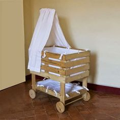 Pallet Cradle.  #pallets  #bed  #nursery  #baby