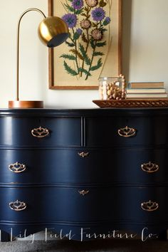 Dresser Makeover- Fusion Midnight Blue Use Rub n Buff on hardware to transform your dresser!Use Rub n Buff on hardware to transform your dresser! Repurposed Furniture, Rustic Furniture, Vintage Furniture, Home Furniture, Furniture Design, Furniture Stores, Bedroom Furniture, Dresser Furniture, Bedroom Chair