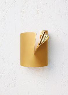 Ribbon Cuff in Brass
