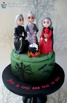 "You don't really want to eat it, do you?! :) THE CLEVER LITTLE CUPCAKE COMPANY ""Macbeth Three Witches Cake"" by Amanda Mumbray"