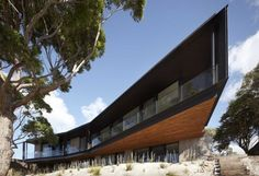 Bluff House, Mornington Peninsula, Victoria, Australia by Inarc Architects