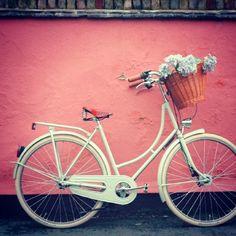 Perché non ti sposi in bicicletta? - http://blog.partecipazioninkarta.it/perche-non-ti-sposi-in-bicicletta/