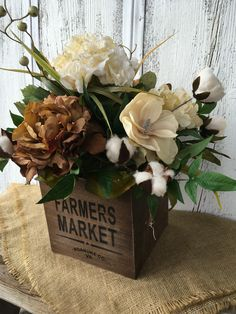 Vintage Flower Arrangements, Table Arrangements, Floral Centerpieces, Centrepieces, Fake Flowers, Silk Flowers, Flower Boxes, Floral Bouquets, Fall Decor