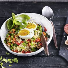 Nicoise Salad Recipe with Fresh Tuna & Baby Red Delight Potatoes Summer Chicken Recipes, Chicken Recipes Video, Smoothie Recipes, Salad Recipes, Side Dish Recipes, Dinner Recipes, Easy Tuna Salad, Nicoise Salad, Quick Easy Meals
