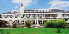 Hotel-Moselpark-Garten-Park-Mosel-Wein-Sonnenschein-Bernkastel-Kues_152x69.jpg