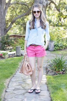Fashion: Neon Shorts + Simple Sandals
