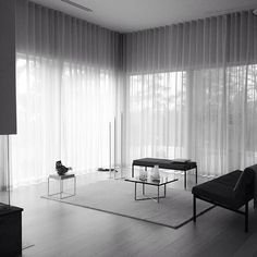 Artek Kiki sofa and Kiki bench - design Ilmari Tapiovaara Photographer Andy Liffner. Styling Thomas Lingsell
