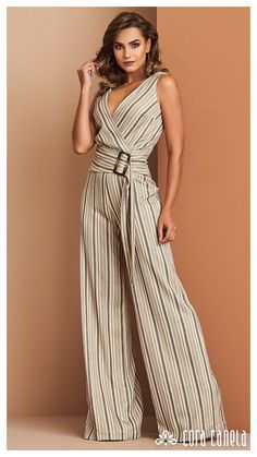 Fashion Pants, Women's Fashion Dresses, Outfits For Mexico, Sewing Blouses, Jumpsuit Pattern, Mode Chic, Jeans Denim, Casual Tops For Women, Western Dresses