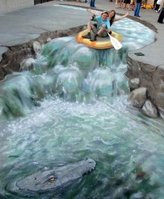 this 3D sidewalk chalk art is amazing