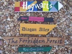 Harry Potter Themed Directional Signs need to make! --The yellow isn't really yellow, more of a lime, and the bronze and gold are the same color:/