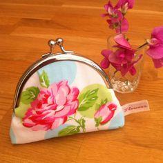 Vintage style floral coin purse £10.00
