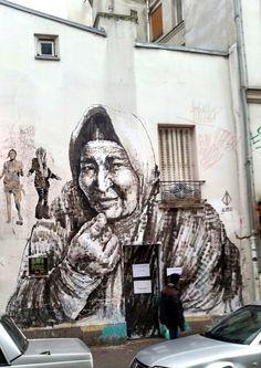 ALANIZ /// Femme de Ménilmontant, Paris Rue Etienne Dolet 75020 et à l'arrière SOBR