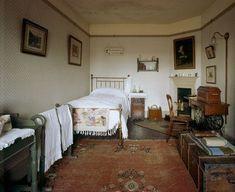 1920s Bedroom, Victorian Bedroom, Victorian Interiors, Bedroom Vintage, Bedroom Decor, Vintage Bedroom Styles, Bedroom Ideas, Dream Rooms, Dream Bedroom