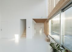 GENS association libérale d'architecture exemplifies the simplicity of a rudimentary architecture