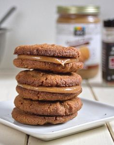Maple Almond Butter Sandwich Cookies (spiced almond butter cookies with almond butter-maple syrup-cinnamon filling)