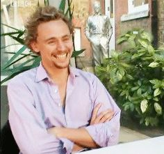3) While you are chilling in your backyard | Community Post: The Ultimate Cure For Depression By Tom Hiddleston