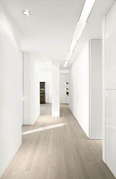 flooring with grey walls grey wash wood floors * white walls Light Oak Floors, Maple Hardwood Floors, White Wood Floors, White Oak Wood, Timber Flooring, White Walls, Grey Flooring, Light Grey Wood Floors, Modern Wood Floors