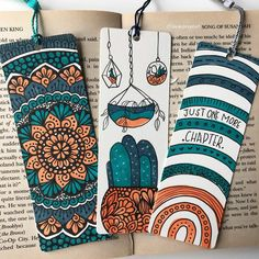 Mandala Art Lesson, Mandala Artwork, Mandala Drawing, Small Canvas Art, Diy Canvas Art, Creative Bookmarks, Handmade Bookmarks, Bookmark Craft, Watercolor Bookmarks