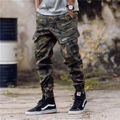 Men's Fashion Jeans Jogger Streetwear Camouflage Pants Youth Casual Ankle Army Banded Pants Brand Boot Cut Pantalon Streetwear, Moda Streetwear, Mens Jogger Pants, Cargo Pants Men, Joggers For Men, Tracksuit Pants, Camo Joggers, Rugged Style, Style Men