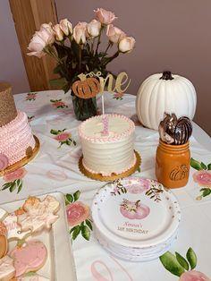 Shop Pink Floral Pumpkin First Birthday Plate created by BlueBunnyStudio. Pumpkin Patch Birthday, Pumpkin Birthday Parties, Pumpkin First Birthday, 1st Birthday Parties, Pink Pumpkin Party, Pumpkin Patch Party, Birthday Plate, Birthday Cakes, First Birthday Theme Girl