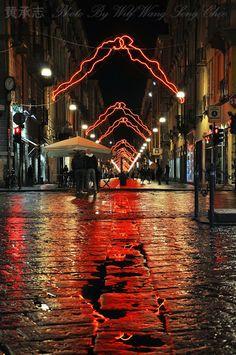 2013 Christmas light 'Luci d'Artista' titled 'Noi' by Luigi Stoisa at via Garibaldi, Turin