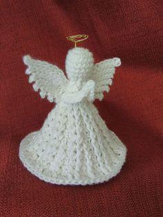 Ravelry: Christmas Angel pattern by Oombawka Design