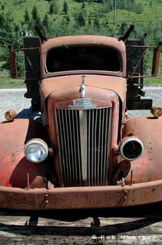 Cars and Trucks - Rob Huntley Old Pickup Trucks, Toy Trucks, Rust In Peace, Rusty Cars, Abandoned Cars, Barn Finds, Station Wagon, Old Toys, Wheels