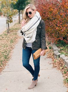 Perfect outfit ideas to transition to fall.