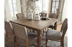 Grayish Brown Tanshire Counter Height Dining Room Table Voir 1